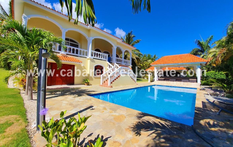 luxury garden with pool caribbean style cabarete