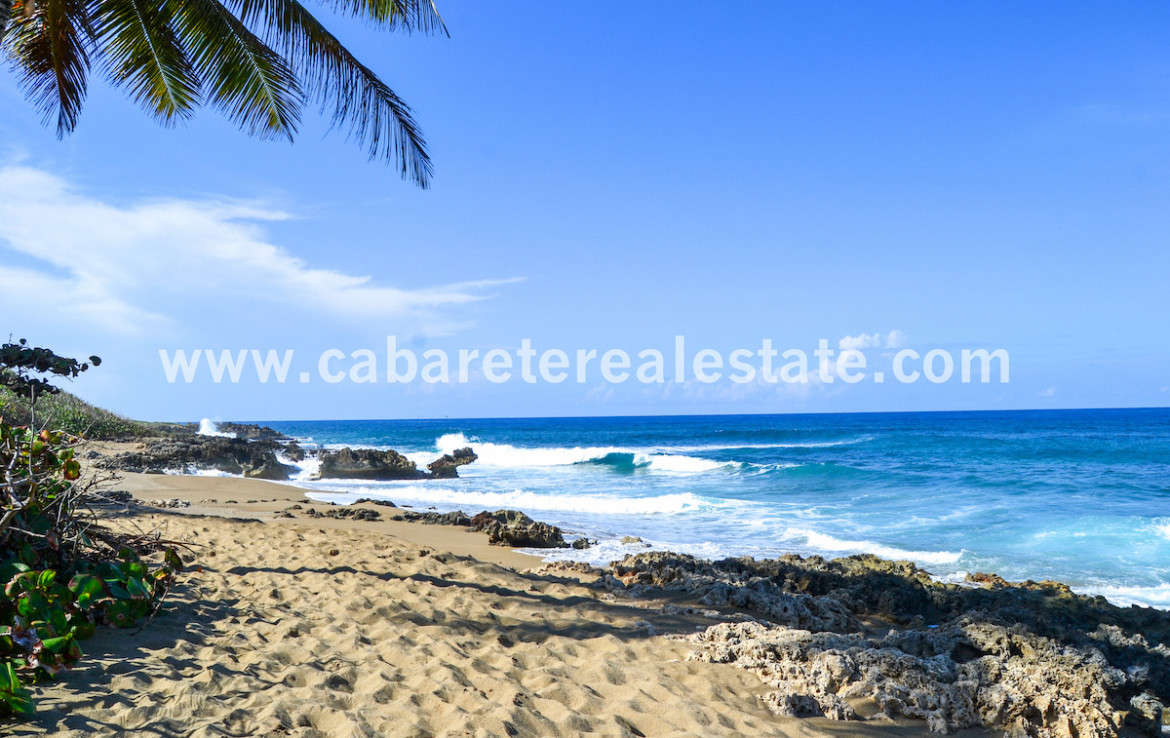 One bedroom apartment between Kitebeach and Sosua gated community by the beach