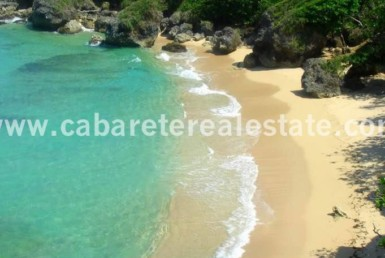 Stunning 11 acres beach front land for development Dominican Republic Cabarete Real Estate. Keep on dreaming of your next Escape.