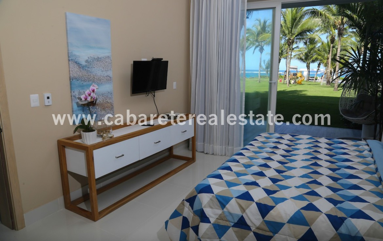 masterbedroom in luxury beachfront complex in cabarete
