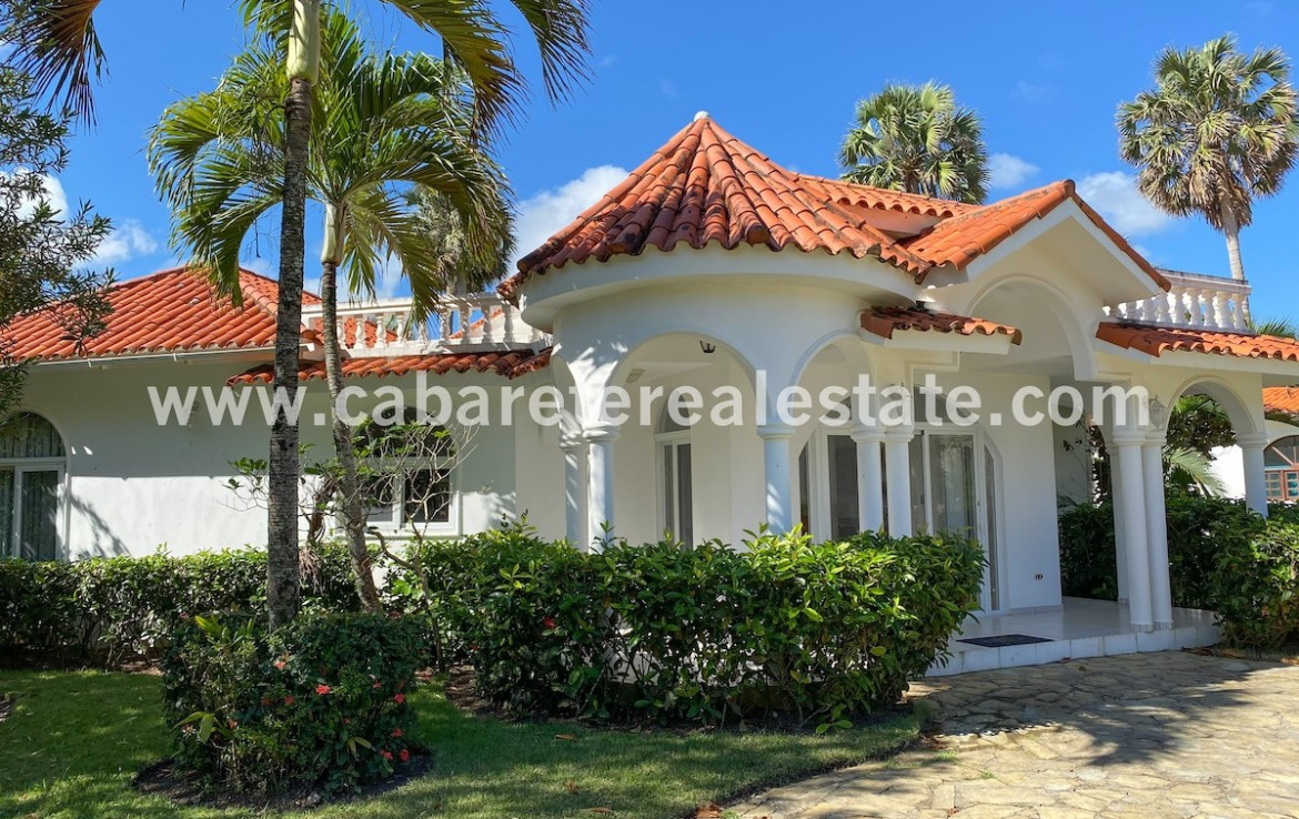 beachfront villa with big land between cabarete and sosua