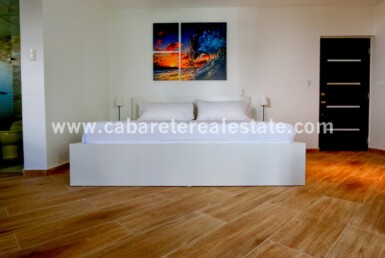 king size bed with amazing art in beautiful studio in cabarete exotic cabarete studio apartment heart