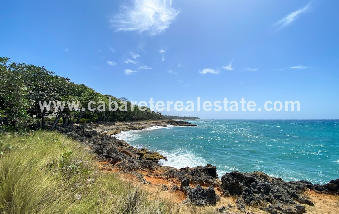 Beachfront 25 acres of land near to surf spot Dominican Republic