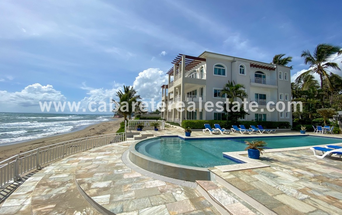 Luxury beachfront apartment in cabarete with amazing view from the pool over the ocean