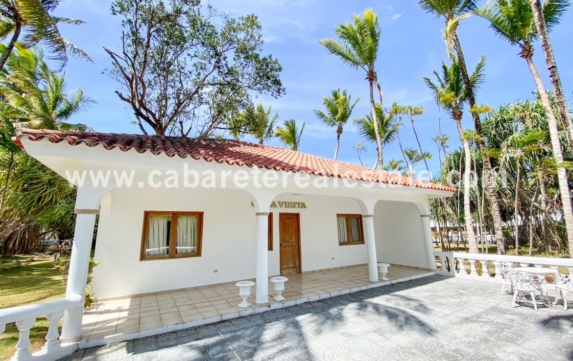 Two bedrooms guest house in luxurious villa by the beach Cabarete Real Estate