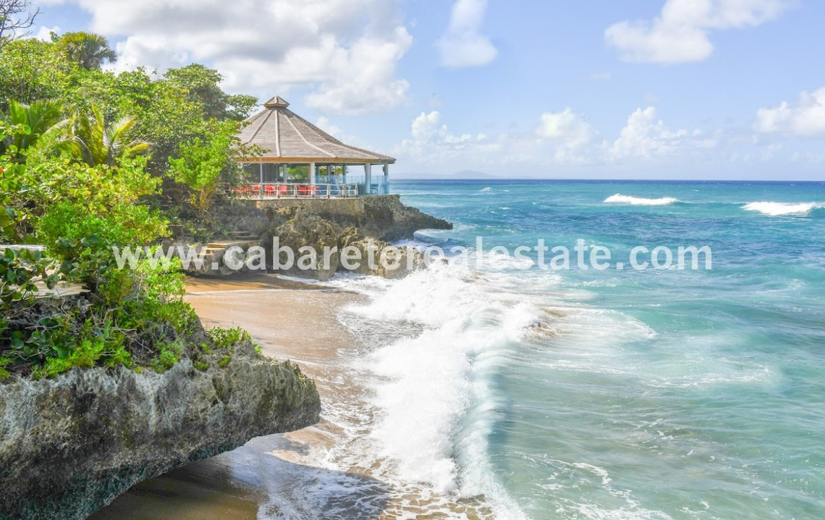 beach club close to the villa in luxury comunity with amazing ocean view between cabarete and sosua 1 2