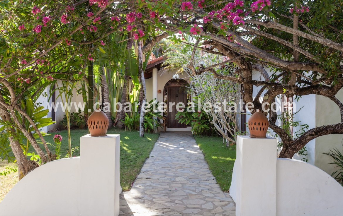 entrance of this luxury villa in the best gated community
