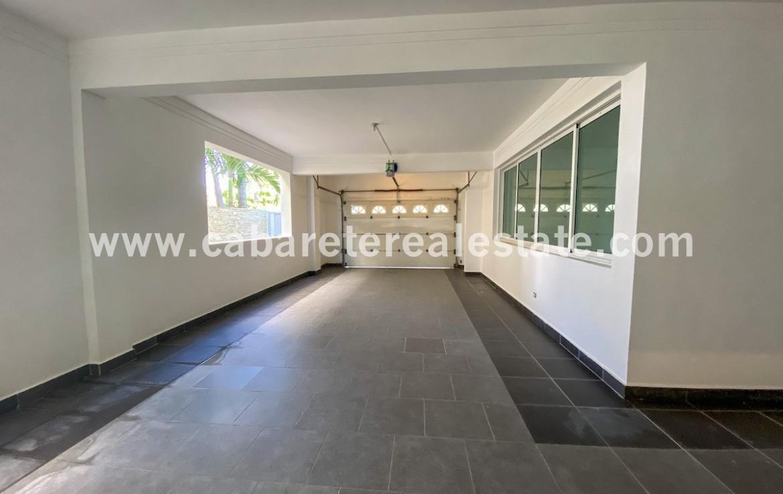 2 car garage in dream beach front home Cabarete Real Estate