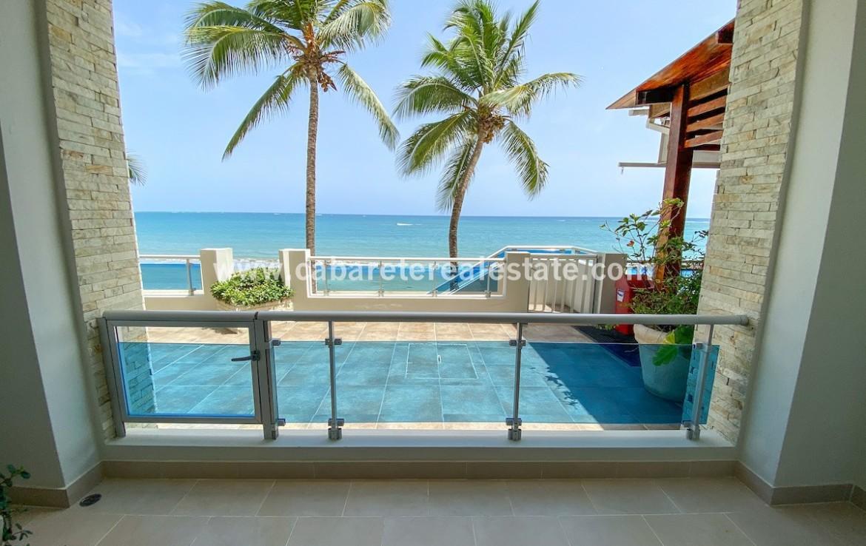 Spectacular beachfront studio Cabarete Real Estate