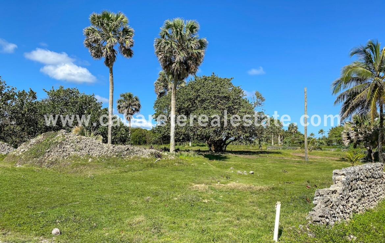 Build your dream home in the Caribbean. Beachside lot Encuentro Beach Dominican Republic Cabarete Real Estate 1