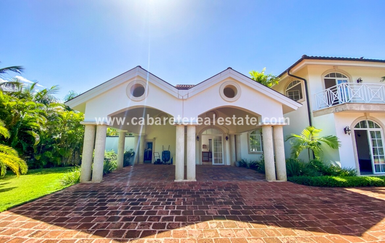 Garage Luxurious Beach home Cabarete Real Estate