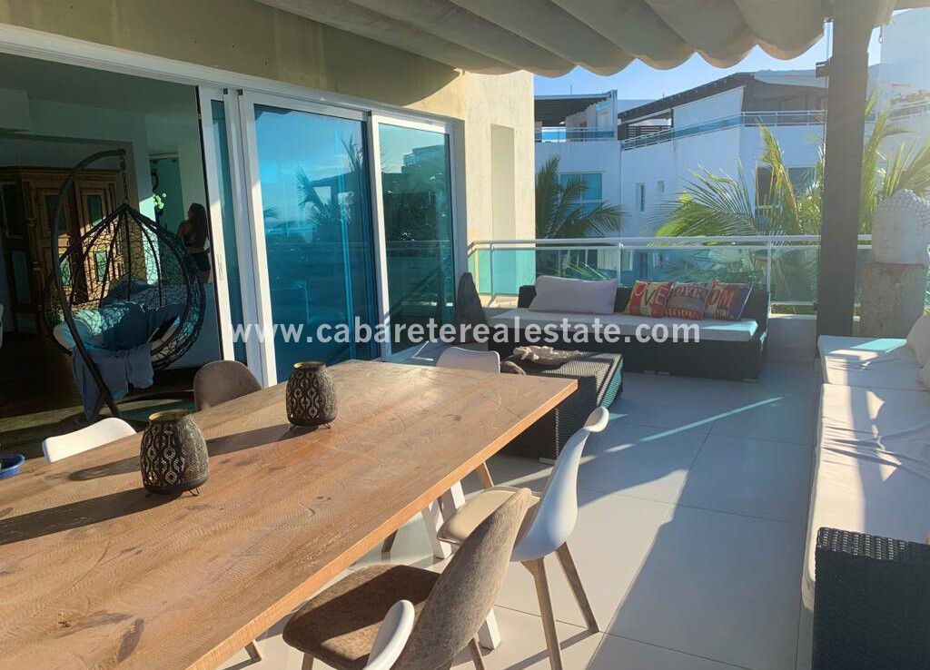 Luxuryapartment with great balcony and rooftop terrace