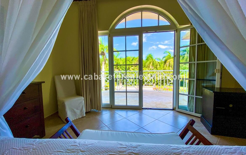 bedroom bed room double queen king windows fan view ocean beach cabarete family kids Dominican republic
