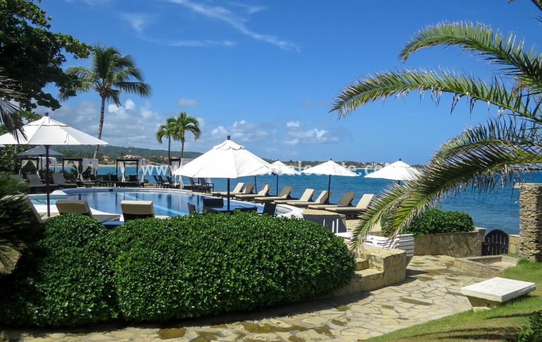 pool bay kiteboarding windsurfing beach walk patio view sunset dining cabarete dominican republic oceanfront 1