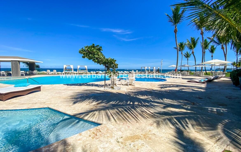 pool ocean kite kiteboarding bay cabarete oceanfront luxury aparthotel