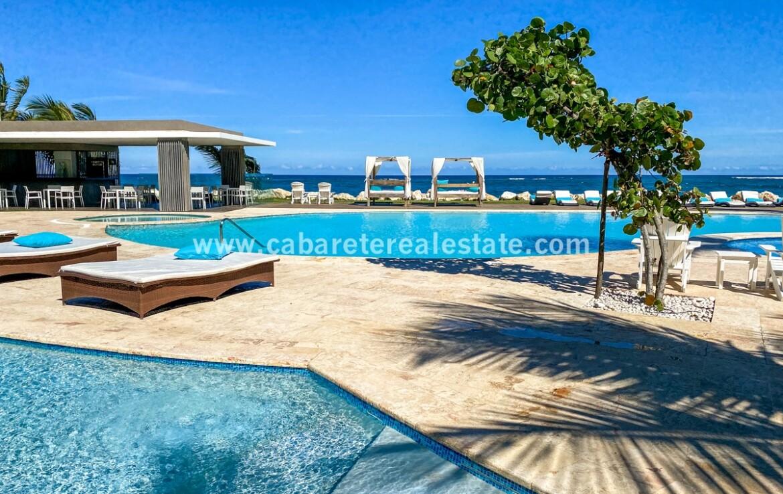 pool sea ocean tranquil relax bar restaurant cabarete oceanfront luxury aparthotel