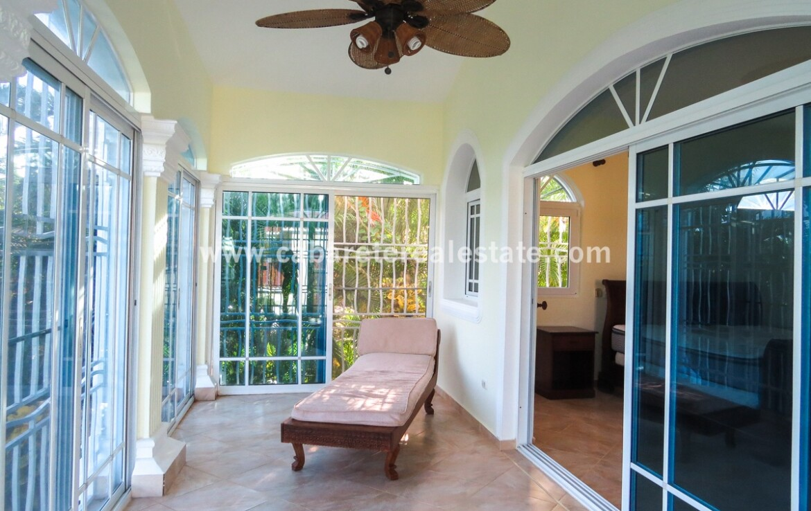 terrace patio balcony outdoors safe private master bedroom spacious family villa encuentro