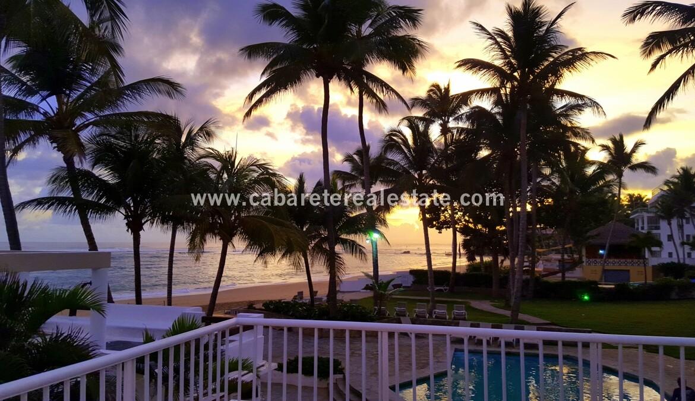 pool ocean oceanfront comfortable contemporary Cabarete condo